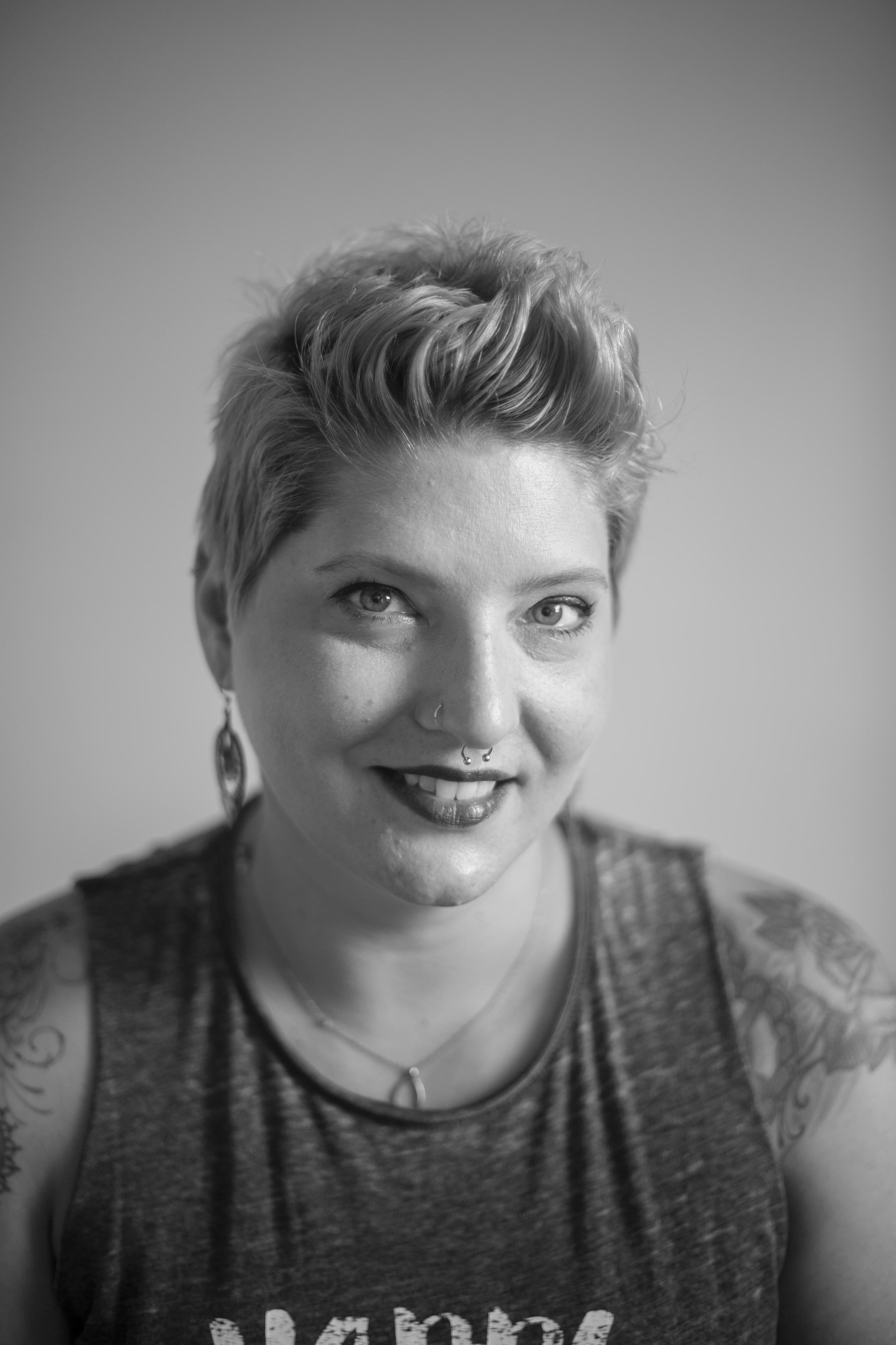 Melanie Farmer Lox Salon